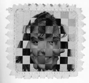 Lourdes Grobet, Textil Fotográfico, 1984. Plata sobre gelatina e hilo crochet, 20 x 20cm. (Objetos) Tomado de Oscar en fotos